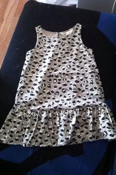 Kjøpte denne på fredagen på H&M. Den kosta 129kr. Betalte bare 50kr. Det er til Emilie. 😍😍❤❤ Mamma og pappa elsker deg så mye jenta vår. ❤❤