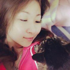 ココ♡ . 久々に実家へ帰り添い寝(_ _).。o○ . 小さい頃と寝相は変わらず、大好きなツボを撫でてあげるとコロッと眠りについてました😊 .愛らしい♡ . #猫#愛猫#ただいま #Hi美scus#横浜 #アンチエイジング#ダイエット #プライベート#パーソナルトレーニング #女性トレーナー #ジム#筋トレ#ストレッチ #健康#美容#綺麗 #相互フォロー#フォロバ100 #Instagram#f4f ◆◇◆◇◆◇◆◇◆◇◆◇◆◇◆◇◆◇◆◇◆◇ 横浜・センター南エリアのジムならHi美scus<ハイビスカス> ☆痩身、ボディメイク、メンテナンス専門のプライベートスタジオ ☆リバウンドしないダイエットならお任せください ご予約・お問い合わせ:045-511-7071 メール:http://hibiscus2015.com/inquiry/ 神奈川県横浜市都筑区茅ヶ崎中央43-12 HOUZEN3階 最寄り駅:横浜市営地下鉄ブルーライン・グリーンライン センター南駅 アクセス:センター南駅より徒歩1分 アクセスページ:http://hibiscus2015.com/access…