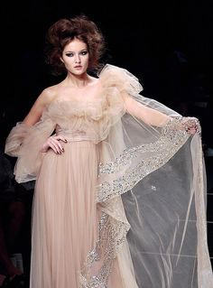 Ellie Saab Autumn Winter 2008/2009 Haute Couture Collection « Fashionbride's Weblog