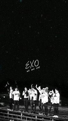 รูปภาพ Exo Chanyeol, Kpop Exo, Exo Lucky, L Wallpaper, Kpop Backgrounds, Exo 12, Exo Album, Exo Group, Exo Lockscreen