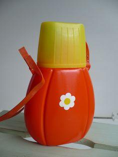 Vintage Flaschen - kultige~Trinkflasche~aus den 60ern - ein Designerstück von kirpputori bei DaWanda