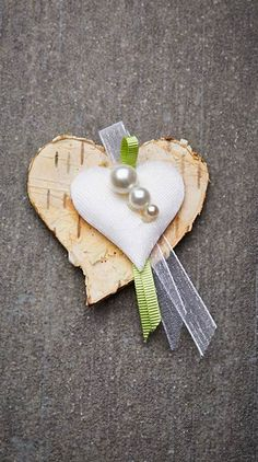 Wedding pin Monika – crafts & gifts - Home Page Wedding Pins, Wedding Bouquets, Easter Tree Decorations, Heart Ornament, Primitive Crafts, Marry You, Craft Gifts, Diy Crafts, Holiday Tables