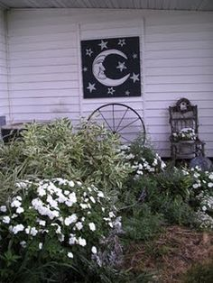 Moon Garden - never thought of this!!  A place for all of those night blooming sweet smelling flowers!!  (preferrably outside my bedroom... )