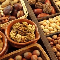 Nuts and seeds definitely have a place in a keto diet. They're high in fats and low in carbs, making them a perfect food to help you meet your keto macros. When it comes to vitamins, minerals, and antioxidants, they're nutri. Keto Food List, Food Lists, Brain Food, Perfect Food, Vitamins And Minerals, Parfait, Diet Recipes, Health Benefits, Meet
