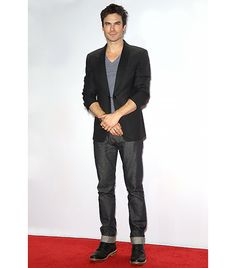 Ian Somerhalder                 Urbinati: Nothing will crisp up a t-shirt look like a good pair of perfectly raw cuffed jeans with a nice shiny dress boot. The sharp blazer makes the look red carpet-worthy.  Williams: With a jacket like that, we know for sure that Ian Somerhalder doesn't have anything vampire-y up his sleeves.