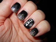 2012 New Years Nails
