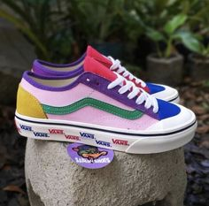 04041a6c79c 1951 Best Vans off the Wall images in 2019