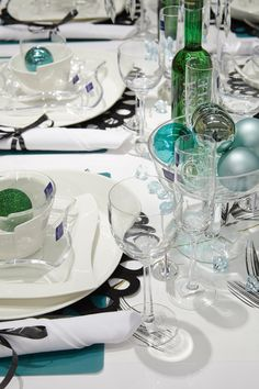 #kodin1 #talvi #uusivuosi #kattaus #astiat #juhlat Design
