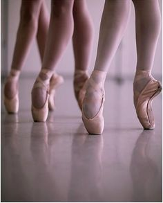 Ballet dancer and teacher. And yes I am a man en pointe.Graduated from ballet school in 2011 Russian living in Australia. Ballet Feet, Ballet Dancers, Dancers Feet, Dance Photos, Dance Pictures, Dance Images, Pointe Shoes, Ballet Shoes, Toe Shoes