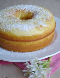 Sweetened Condensed Milk Cake / Bolo de leite condensado by Patricia Scarpin