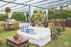 Rustic furniture , some Asian style, beach wedding /  Casamento na praia, mobiliario rustico