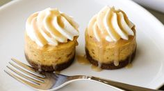 A twist on a Thanksgiving favorite, this bite-sized dessert uses gingersnap cookies as the base for the pumpkin flavored cheesecake.