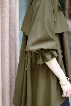 Abaya Fashion, Muslim Fashion, Modest Fashion, Women's Fashion Dresses, Iranian Women Fashion, Latest Fashion For Women, Womens Fashion, Sleeves Designs For Dresses, Sleeve Designs
