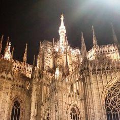 O mia bèla Madunina... #latergram #goldstagram #Italy #Italia #Lombardy #Lombardia #Milan #Milano #2k15 #duomo #cathedral #guglie #spires #madunina #milanobynight #milanodinotte #whywelovemilano #milanodavedere #milanodavivere #milanocity #expo #expo2015 #expomilano2015 #igersmilano #igersitaly #nofilter by ilairabronsa89