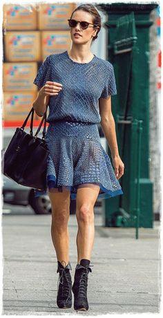 Alessandra Ambrosio Street Style Snapshot - Runway for Mercedes-Benz Sydney Fashion Week