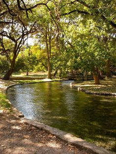 Landa Park is a beautiful 51 acre park in New Braunfels, Texas where you can walk or run around the park, ride the miniature train, paddle boat, feed the ducks, swim, play golf, have a picnic or go finishing. A perfect family outing.