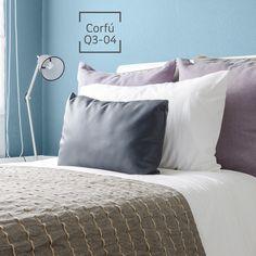 La armonía invadirá tu espacio con este gran color. Blue Rooms, Corfu, Color Pallets, Bedroom Colors, Wall Colors, Diy Painting, Colorful Interiors, Pantone, Home Office