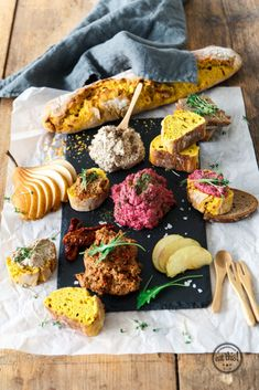 3 schnelle gesunde vegane brotaufstriche eat this org - The world's most private search engine Vegan Breakfast Recipes, Vegetarian Recipes, Breakfast Healthy, Sandwich Vegan, Breakfast Photography, Eat This, Vegan Sauces, Food Inspiration, Fitness Inspiration