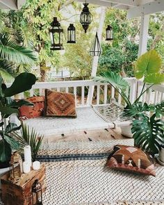 Looking to upgrade your outdoor space? Get inspired before you start your makeover by these bohemian porches. See the pictures, here. For more decor ideas, head to Domino. #OutdoorsLiving