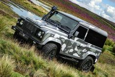 """landroverphotoalbum on Instagram: """"Thanks @williams_classics for allowing us to commandeer your exciting build! By @landroverphotoalbum #landrover #Defender90…"""" • Instagram"""
