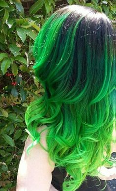 awesome green hair!