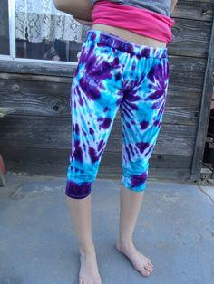 Tie Dyed Capri Leggings Size XLJrs by lottisunshyne on Etsy, $16.00