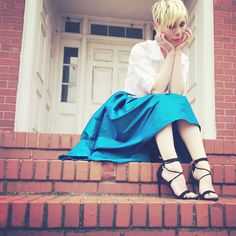 today on the tiny fox, fashion where you least expect it! SHOP TODAY'S LOOK ON THETINYFOX.COM #fashion #fashionblogger #ootd #todayslook #stevemadden #hiloskirt #blue #taffeta #skirt #heels #shoes #downtonabbey #timeless #classic #trendy #model #inspiration