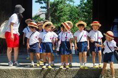 Japan People | Japanese schoolkids by Jan Renes in Japanese people, Japanese school ...