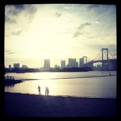 Sun starting to set over the beach in Odaiba. One of my favourite memories from Japan 2012 <3