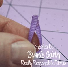 Bonnie from Really Reasonable Ribbon here today with a tutorial for an easy Jute Loopy Flower embellishment. Easy Fabric Flowers, Twine Flowers, Paper Flowers Diy, Handmade Flowers, Burlap Flower Tutorial, Twine Crafts, Diy Crafts, Diy Ribbon, Burlap Ribbon