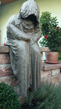 Mein Beton Garten Wächter - ist er nicht toll geworden? Liebe Grüße an die Glitzer Else! Klasse Anleitungen! Danke :)