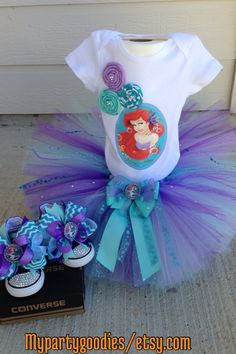 Under the sea shoes little mermaid converse shoesbling Mermaid Birthday Outfit, Little Mermaid Birthday, Little Mermaid Parties, Little Mermaid Hair, Theme Mickey, Ariel Hair, Birthday Party Themes, 5th Birthday, Under The Sea Party