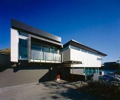 Hawthorne house by Shane Plazibat Architects