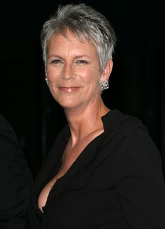 Jamie Lee Curtis - my hair now looks like this after no longer coloring and then having it cut short. Maybe I will be brave enough to post a photo - maybe! Mom Hairstyles, Short Hairstyles For Women, Short Grey Hair, Short Hair Styles, Jamie Lee Curtis Haircut, Pixie Haircut Fine Hair, Haircut For Older Women, Hair Dos, Hair Beauty