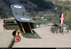 ROYAL AIRCRAFT FACTORY SE-5A (F 5690) British Royal Flying Corp (Replica) (Single Seat Biplane Fighter)