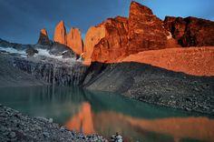 El Parque Nacional Torres del Paine es uno de los lugares más pintorescos del planeta. | 27 Imágenes que te harán querer viajar a Chile inmediatamente