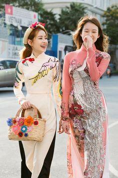 Traditional Fashion, Traditional Dresses, Structured Fashion, Vietnamese Traditional Dress, Fashion 2020, Asian Fashion, Asian Woman, Creations, Fashion Outfits