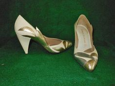 Flame Wings Cone Heel Pump Vintage 70s Charles Jourdan Silver Gold Snake Shoes 5 #CharlesJourdan