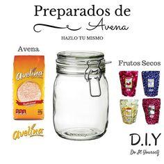 Aquí lo que necesitass para preparar los envases de avena personalizados: -Envase de vidrio (para mantener sellado el contenido y para mayor duración) -Avena (a mi me gusta mucho la marca Avelina) -Frutos secos (de su preferencia)  #diy #food #follow #homemade #hazlotumismo #oatmeal #avena #frutossecos #like #follow by diyandchill