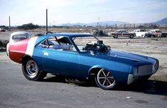 clyde morgan funny car driver | Rusty Dellings Fiberglas Trends (Mike Ditty)