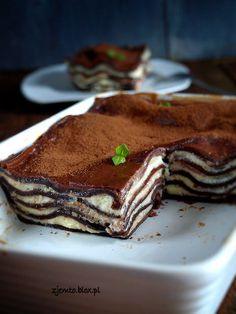 Chocolate lasagne Ingredients: (for dish on toasted . Trifle Desserts, No Bake Desserts, Healthy Dessert Recipes, Delicious Desserts, Chocolate Lasagne, Different Cakes, Polish Recipes, Food Categories, Cake Plates