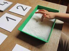 Números sensoriales - reconocimiento sensorial - números - Montessori - Matemáticas - sal - experiéncias sensoriales
