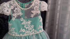 """14 curtidas, 1 comentários - O ateliê (@oatelie) no Instagram: """"Vestido de #princesa 👗👑 #detalhes bordados e #renda #oatelie 💕 #vestidoinfantil #vestindosonhos"""""""