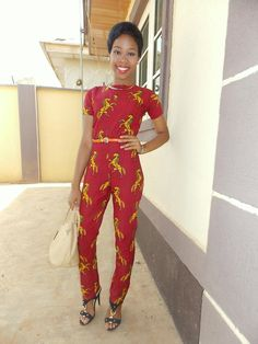 ♥African Fashion: FAN IN VLISCO | Meet the lovely Grace Alex in her beautiful jumpsuit made out of one of our longtime classics 'Jumping Horse'. She wears this classic fabric in an utterly modern way and we are a fan of how she has styled this look!