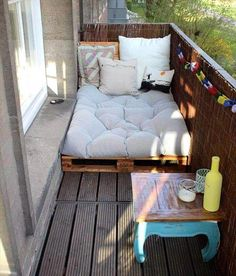 Top 30 Pallet Ideas for DIY Furniture for Your Home - DIY & Crafts # for # Ideas - Yasam Aygun - Dekoration - Balcony Furniture Design House Balcony Design, Small Balcony Design, Small Balcony Decor, House Design, Small Patio, Balcony Ideas, Small Balcony Furniture, Modern Balcony, Balcony Bar