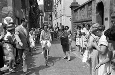 Queen Fabiola riding her bicycle through the streets of Zarautz during their summer holidays in 1961.JAIME DUCK (EFE)