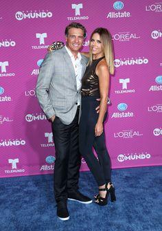 Los mejor y peor vestidos en la alfombra roja de Premios Tu Mundo 2015 Juan…