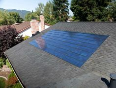 solar panel on roof Energy Saving Tips, Save Energy, Best Solar Panels, Roof Panels, Castle, Patio, Architecture, Outdoor Decor, Queen