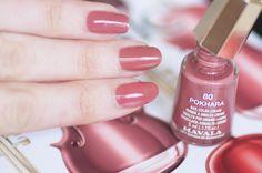 Les jolis vernis Symphonic color's – Mavala Long Nails, My Nails, Mavala Nail Polish, Mauve Nails, Nail Plate, Nail Envy, Acetone, Artificial Nails, Nail Colors