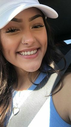 Piercing Nez Star 67 Ideas For 2019 Cute Nose Piercings, Piercings For Girls, Piercing Tattoo, Piercing Ring, Girl Photo Shoots, Dimples, Girl Face, Selfies, Blog